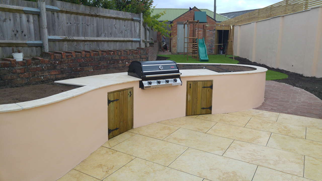 outdoor-curved-cooking-area